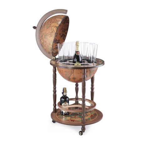 Classic XVII Century bar globe Giunone